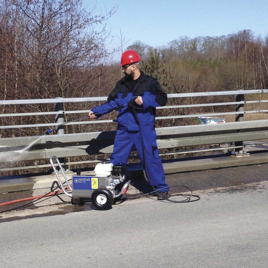 Hidrolimpiadora Autónoma de Agua Fría MC2C PE